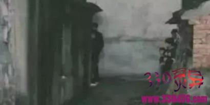 江苏恶魔唐玉伯十年制造3起奸杀案,杀17岁女生埋尸灶台旁