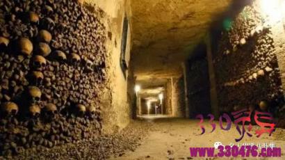 巴黎的地下墓穴、瓜纳华托的木乃伊、马特博物馆、庞贝古城、青木原树海有种灵异的气息,一般的人不敢去!