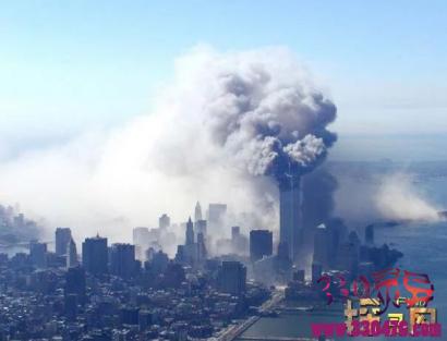 美国911事件灵异照片,神秘天蛾人与恐怖撒旦脸