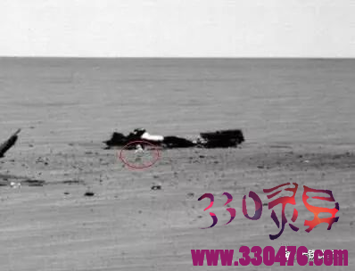 火星出现UFO不明飞行器,人类探测器或已被监控?