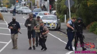新西兰最血腥惨案,枪手直播大屠杀,至少49人死亡