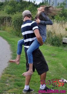 60斤厌食症女子与男友拥抱时撞断肋骨!