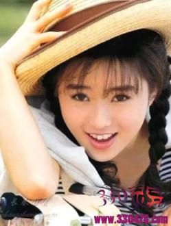 48岁酒井法子近照曝光,曾是在中国出镜率最高的日本女星!