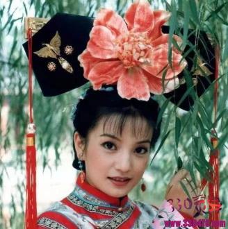 赵薇大学时照片,美得不可方物,终于明白琼瑶为什么会一眼相中她