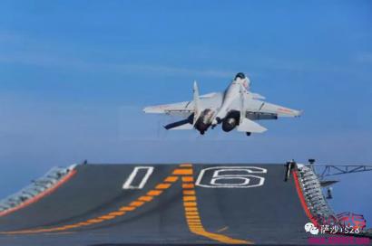 飞行员价值2亿人民币?辽宁号航母战斗群造价超过1200亿