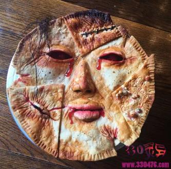 """重口味甜点,肚饿了?有没有兴趣来一块""""人脸披萨""""?"""