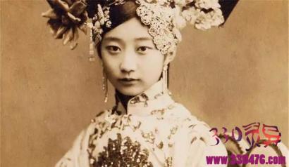 最美格格王敏彤,恋上姐夫溥仪一生未嫁,活到2003年吃饺子噎死