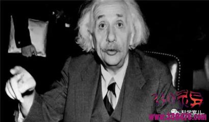"""爱因斯坦去世前为何毁全部手稿?科学家:可能和""""彩虹计划""""有关"""
