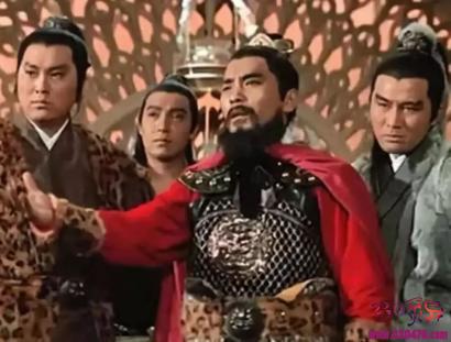 敌人过于强大,后梁皇帝:多久能打败?王彦章回答:三天!众人皆嘲笑