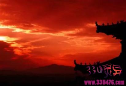 明朝的天空突现一片红光(电磁风暴),引发王朝变换,若在现代将损失数十万亿