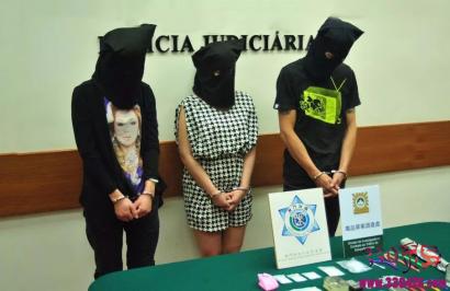 女孩带毒品到马来西亚案件:中国女孩在马来西亚排队等待死刑!