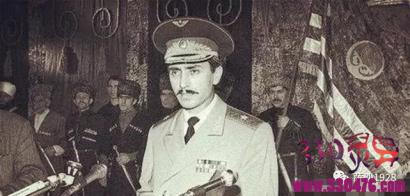 杜达耶夫:车臣总统杜达耶夫的双面人生:他本来是最忠诚的苏联将军