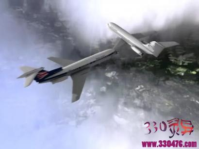 """日本航空123号班机空难事件:自卫队战斗机""""撞毁""""民航客机,世界最大空难"""