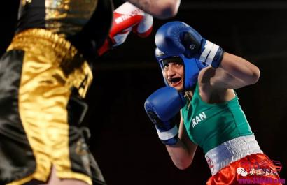 """伊朗女拳手Khadem为国争光拿到奖牌,却因""""着装暴露""""面临牢狱之灾…"""