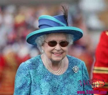 """英国女王伊丽莎白二世最尴尬的""""屁""""事儿~"""