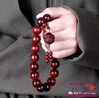 很多人喜欢戴佛珠,又有多少人知道佛珠的本意是什么?