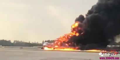 俄罗斯Aeroflot航空SU1492大火致41人死亡后,大家都在痛骂生还者?