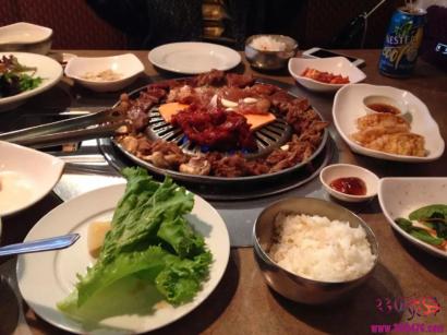 笑Skr人~韩国棒子发明抗霾妙招:多吃五花肉