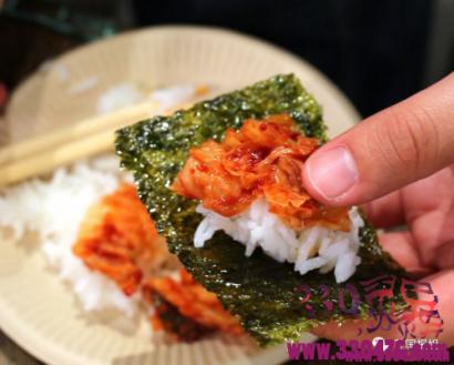 日本陷入海苔荒:饭团制作成本上涨,海苔变得太太太太太贵了