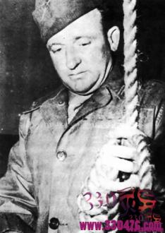 纳税终结者约翰伍兹10分钟绞死10名国家领导人