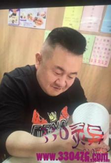 """孙小果变形记:强奸死刑犯、狱中""""发明家""""和夜场""""大李总"""""""