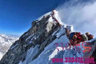 珠峰14名登山客死亡 死因到底是什么?