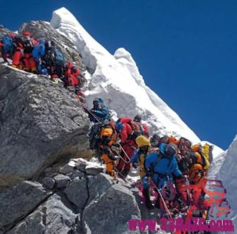 珠峰拥堵:登山者是被冻死的吗?