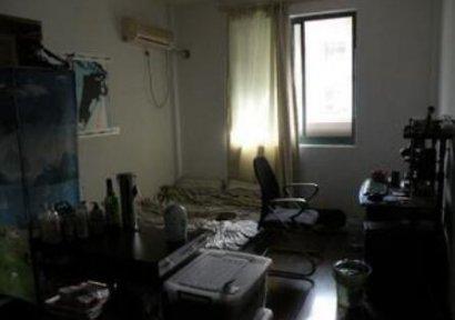 广东东莞市中心租了一间公寓,有天经历了一件细思极恐的诡异灵异事件....