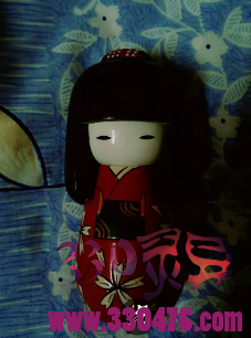 日本晴天娃娃灵异事件:我几次在梦里出现一个女孩,和晴天娃娃娃娃的穿着几乎一样...