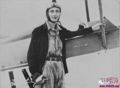 《夜航西飞》作者已婚女柏瑞尔·马卡姆同时劈腿2位英国王子!最后却成为飞行英雄?